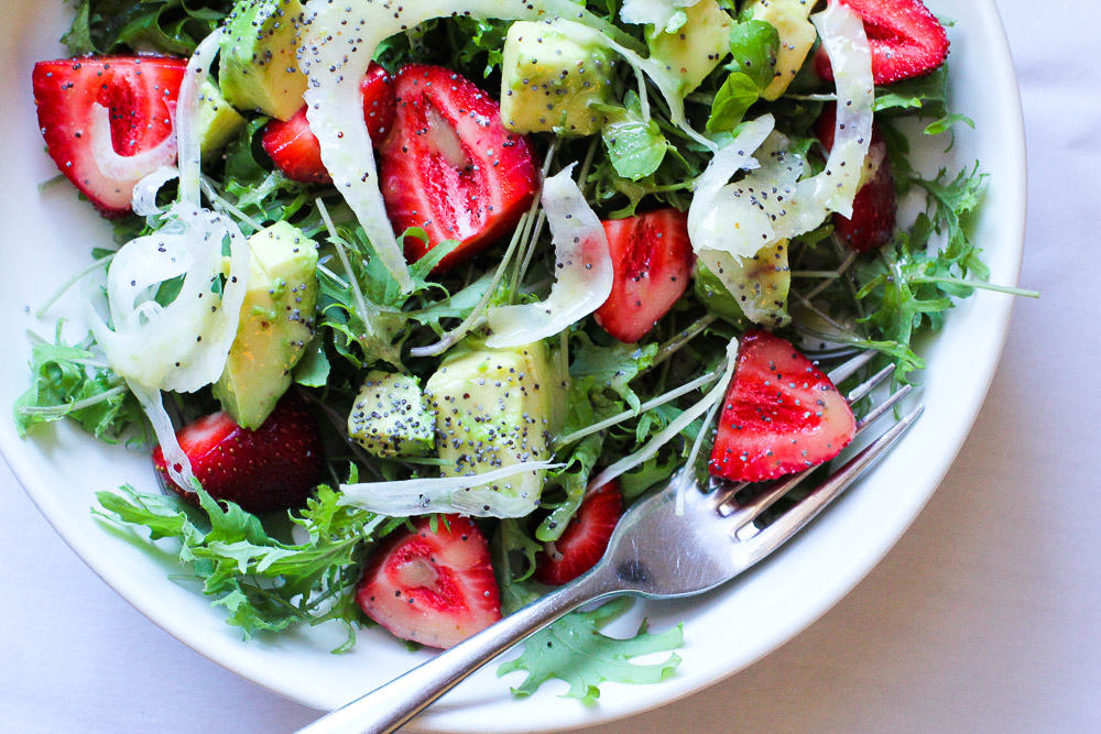 Vegan Strawberry Avocado + Fennel Salad with lemon poppy seed dressing