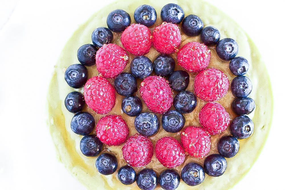 lime tart with berries aerial-2