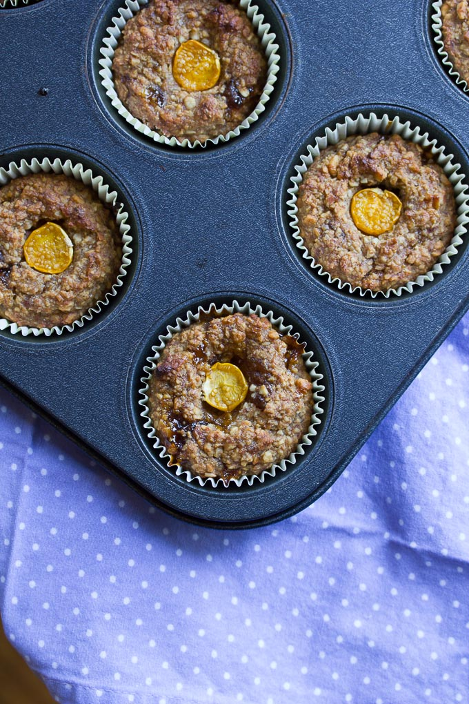 Almond Energy Muffin with cape gooseberry jam