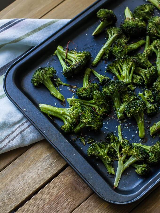 Crispy roasted sesame broccoli is a perfect accompaniment to rice or noodles for a healthy, light dinner vegan!