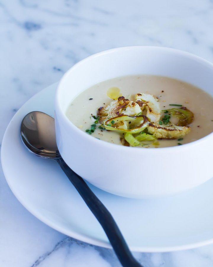 Vegan Cauliflower Leek Soup